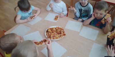 """Dzień pizzy w grupie """"Biedronki"""""""